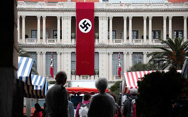 Nazi-swastika-bann_3457468b